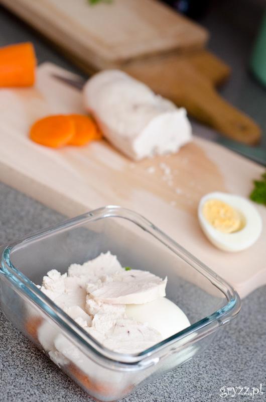 Galaretka drobiowa z jajkiem