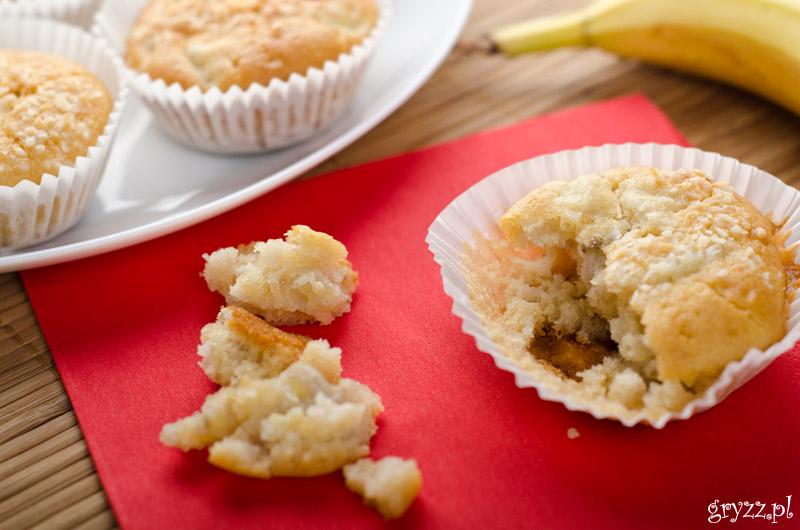 Bananowe muffiny z wiórkami kokosowymi