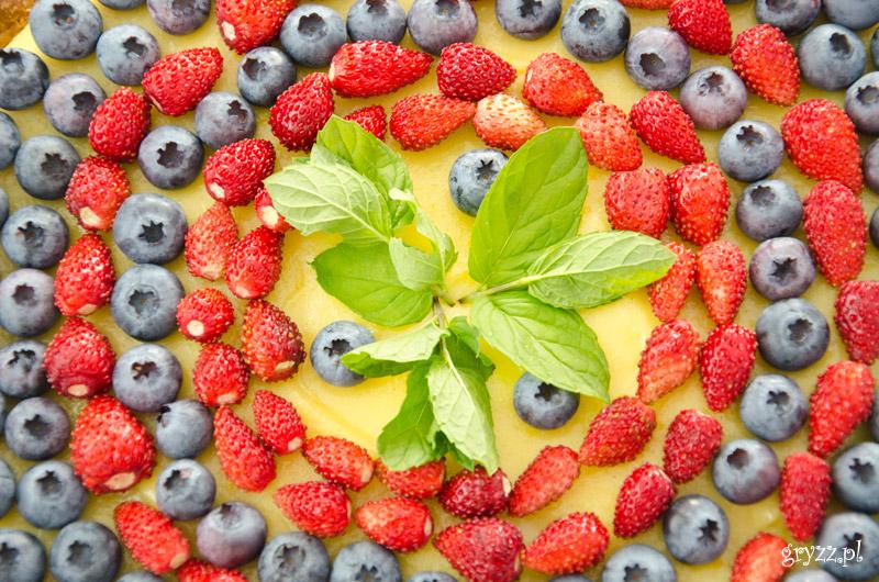 Tarta z crème pâtissière i owocami
